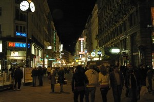 Karnterstrassse by night (Vienna)