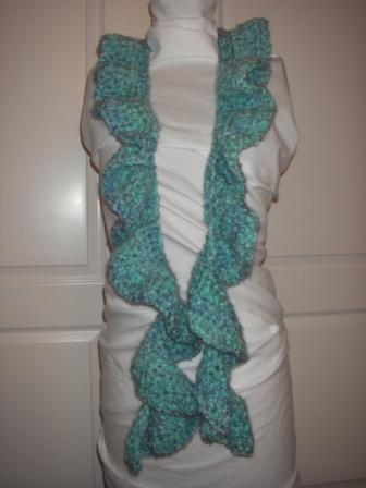 untwisted-blue-scarf